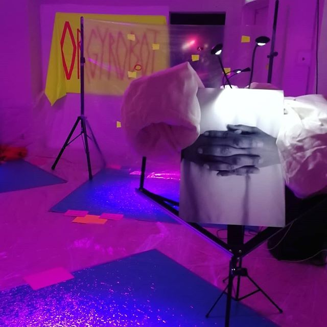 Ahhh tonights show at #STOFFX was such a tingeling sensation! Thank you for moves and moans, excitement and exploration 💜 Looking forward to the next show on friday!!! 💦 👅 💦  #orgyrobot #queer #queerart #queerparty #genitals #genitales #postgender #countersexual #sexualrevolution #modernsex #eroticart  #performanceart #participatoryart #interactiveart #silicone #sexpositive #pleasurepositive #queerporn #selfpleasure #sexuality #lgbt #lgbtq