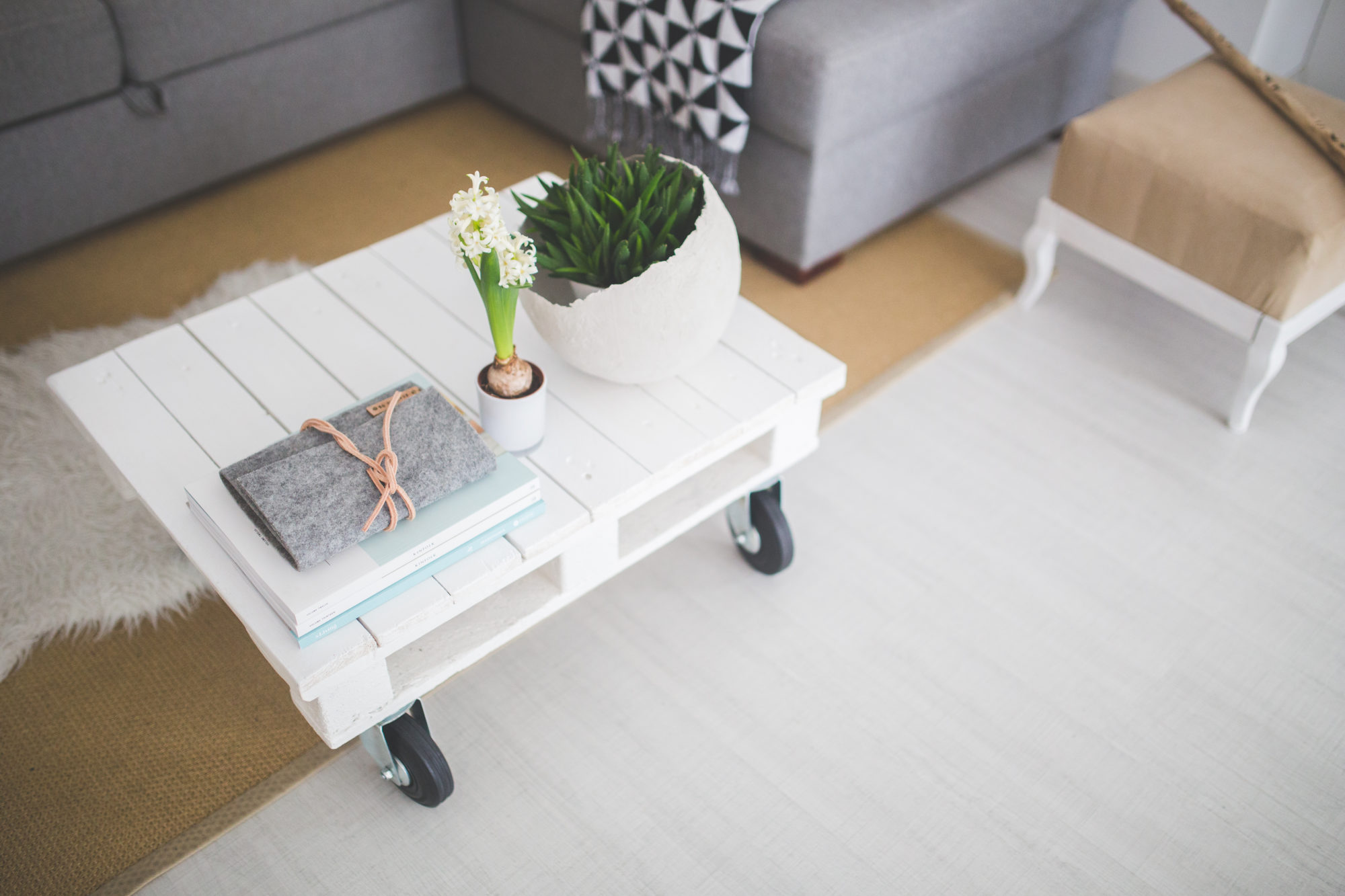 table-white-home-interior-e1517953593747.jpg