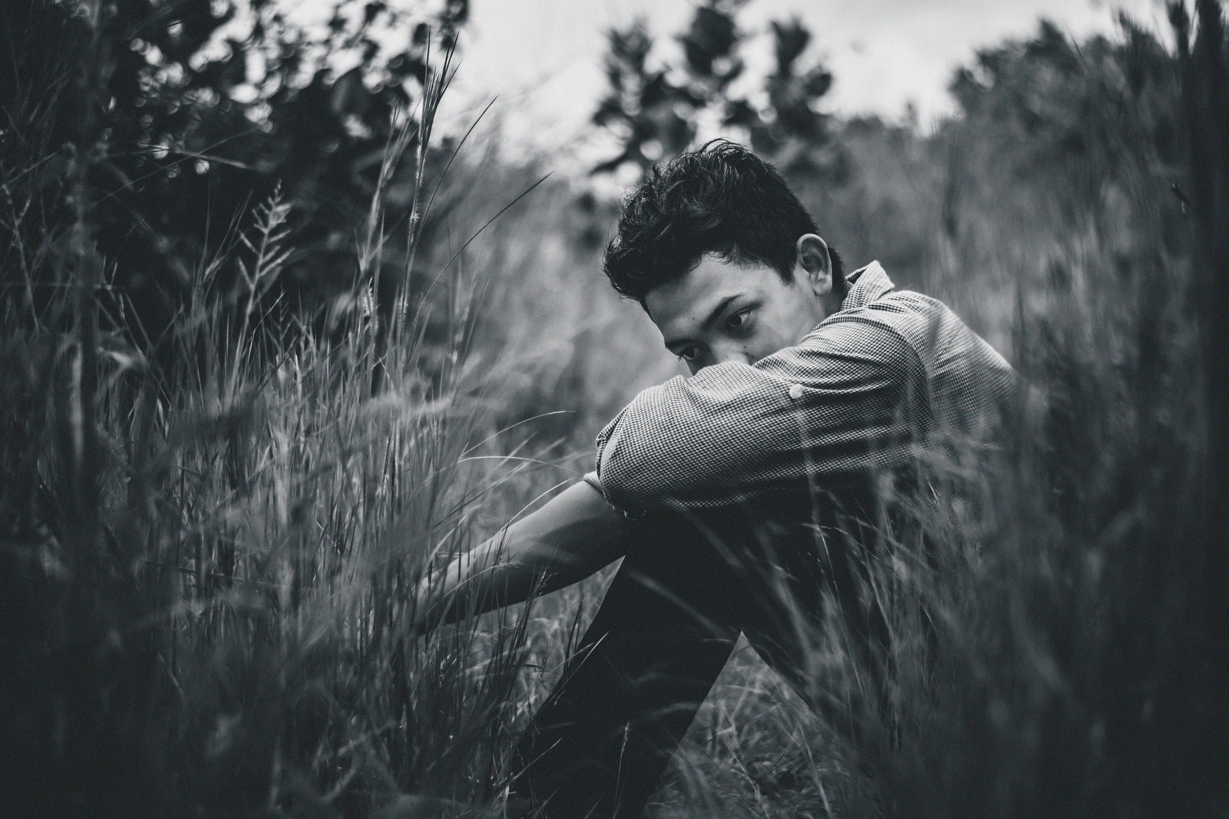 black-and-white-blur-depression-1817121.jpg
