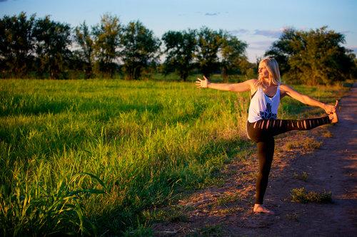 Sweat_Yoga_56_b9c2933419c5d34d966985dc35915c3c.jpg