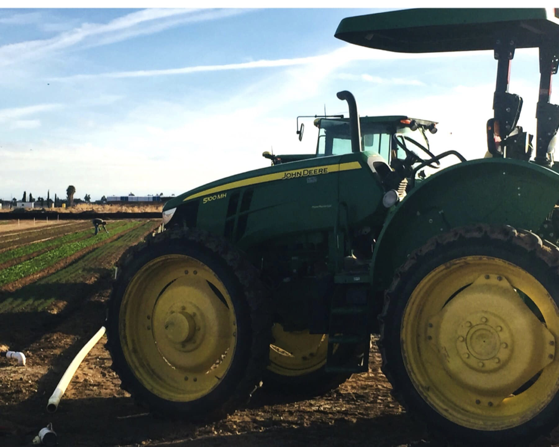 Blue Sky Organic Farms - We're looking for an experienced full-time organic farmer. Someone who is dedicated to their work, often working 50+ hours per week during the prime part of our seasons (September-June). The ideal candidate will have integrity, great attention to detail, problem solving skills, physical stamina and strength.Learn more and apply here.