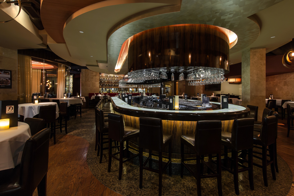 Perrys Steakhouse Oakbrook Chicago IL - Bar.jpg