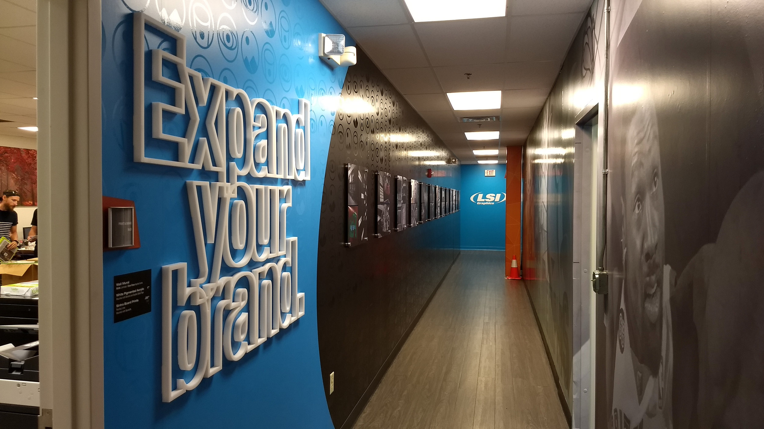 LSIGraphics_Environmental-Graphics_Expand-Your-Brand-Wall_Dreamcapture_Memphis-TN_6