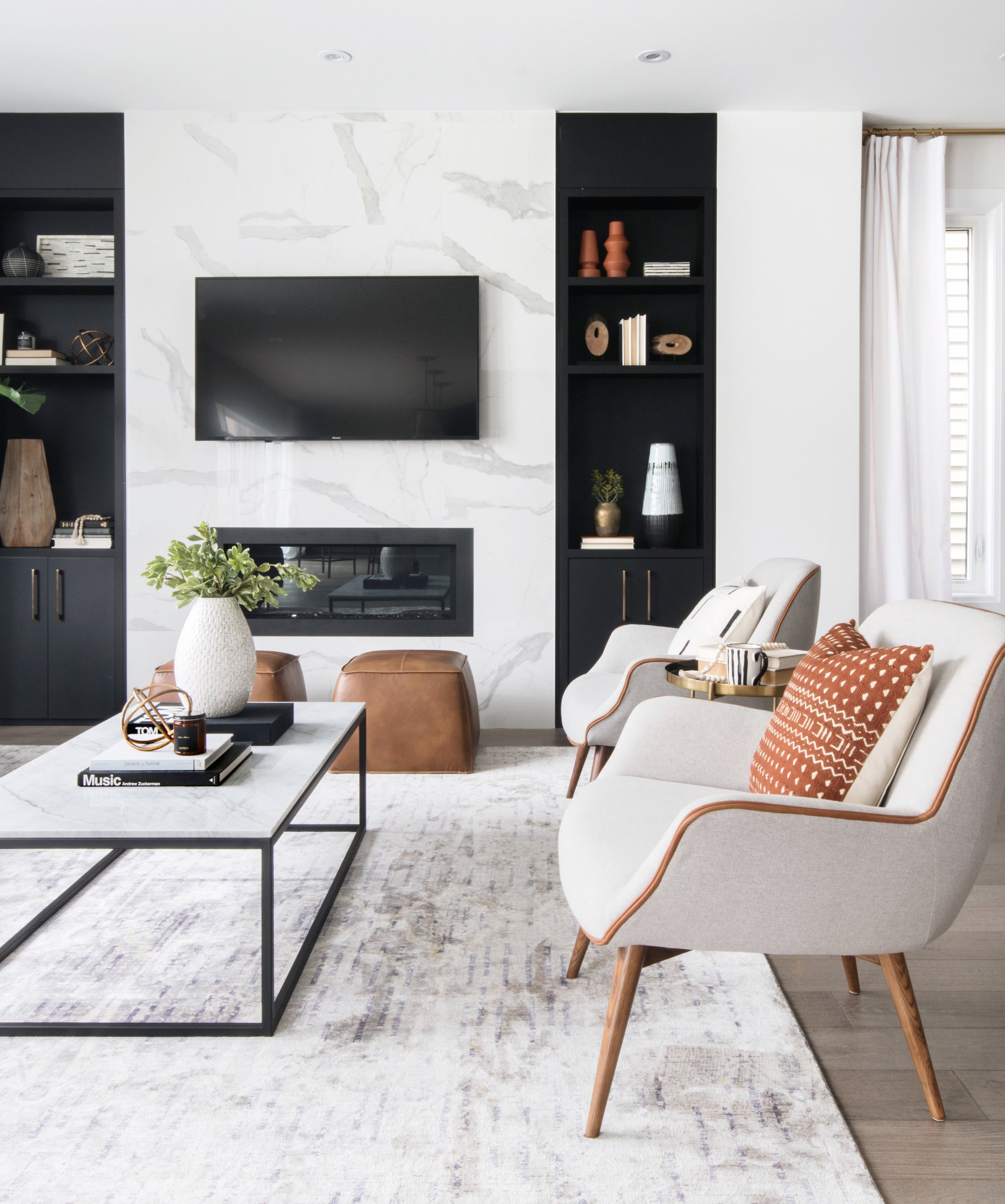Modern but cozy living room design by Ottawa based interior design firm, Leclair Decor.