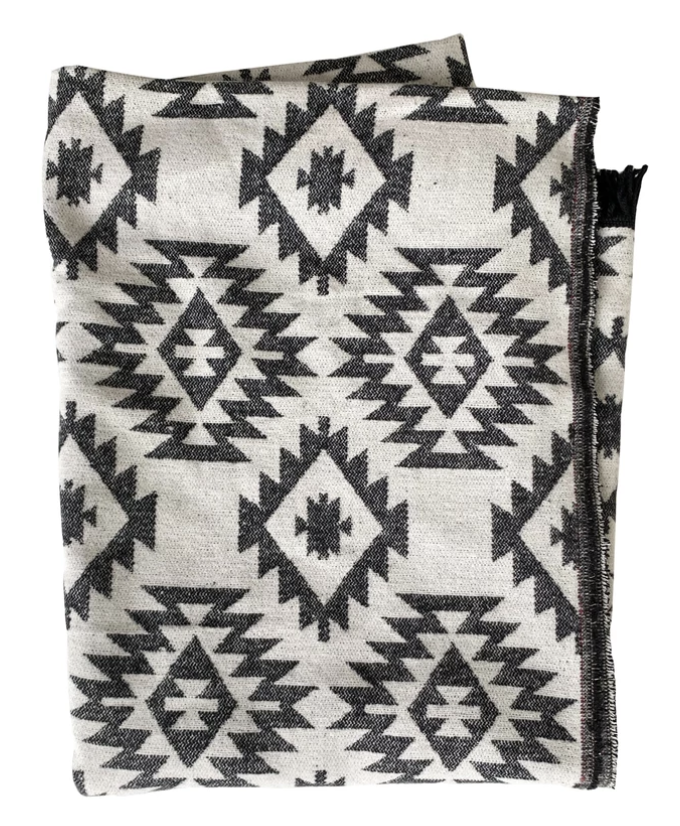 Harfang Everyday Blanket from Ottawa furniture store LD Shoppe