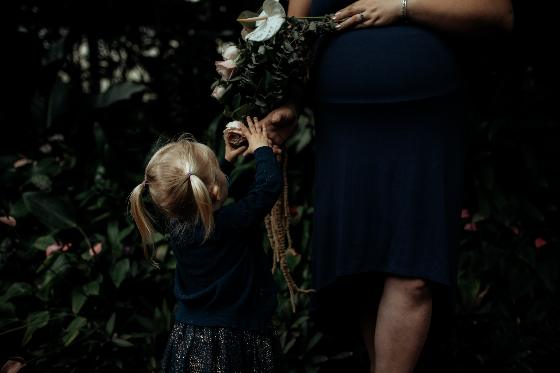 Emily and Brad maternity Dec 2018 (131 of 135).JPG