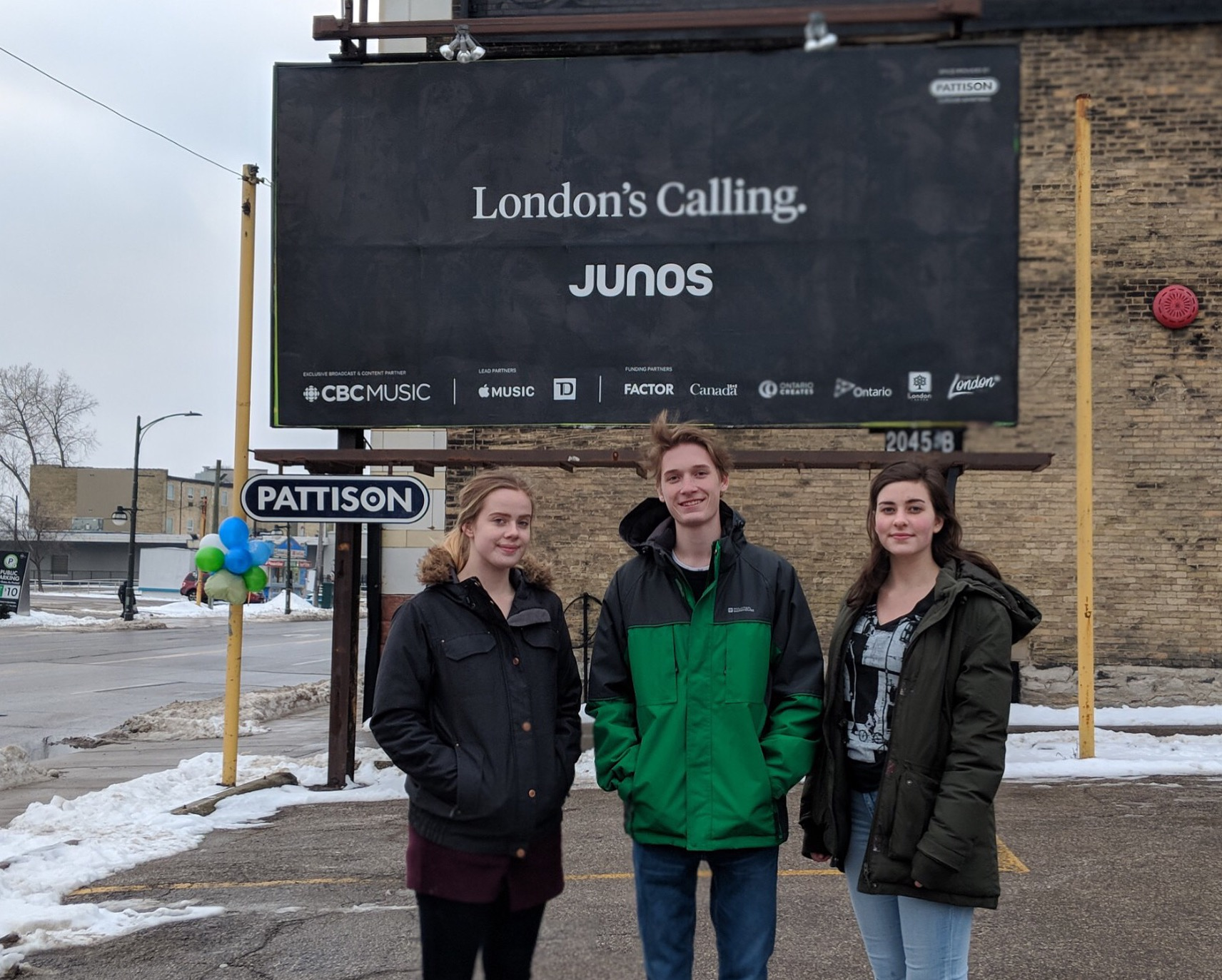 Jenn, Alex & Emily stand in front of one of the JUNO billboards around London. Special shout-out to Alex for taking most of our JUNO-related photos & videos over the past few months!