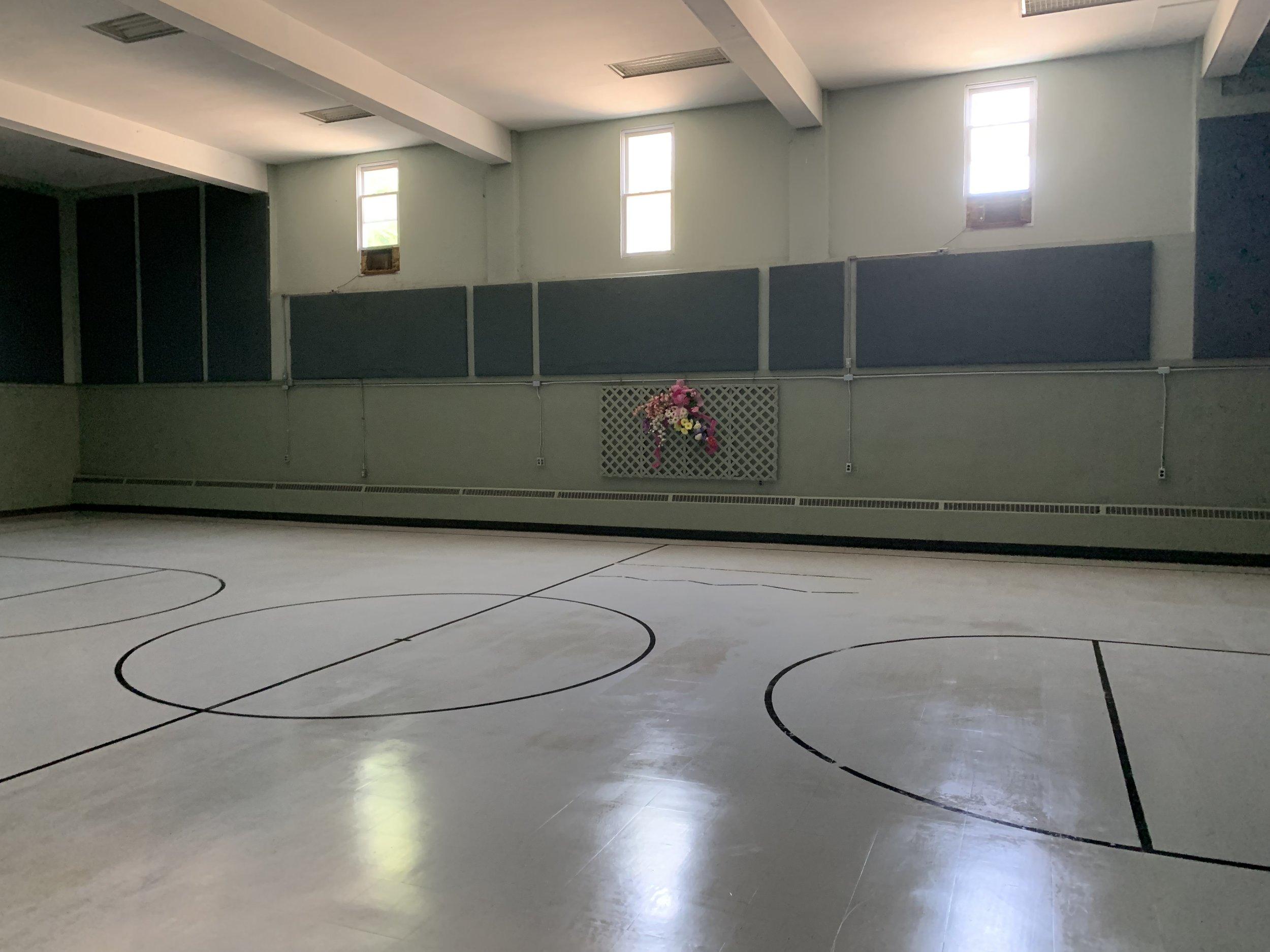 inn_gymnasium