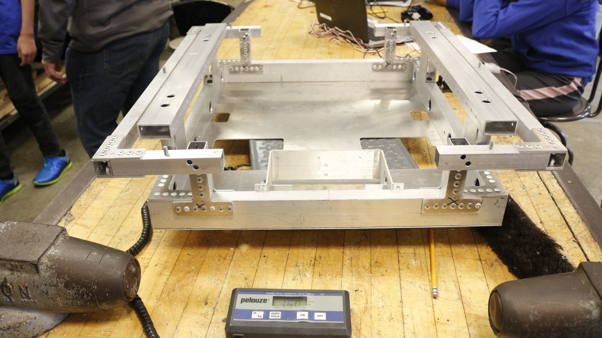 - Weight of the frame - 16.0 pounds. Smallest and lightest robot frame we have ever made.