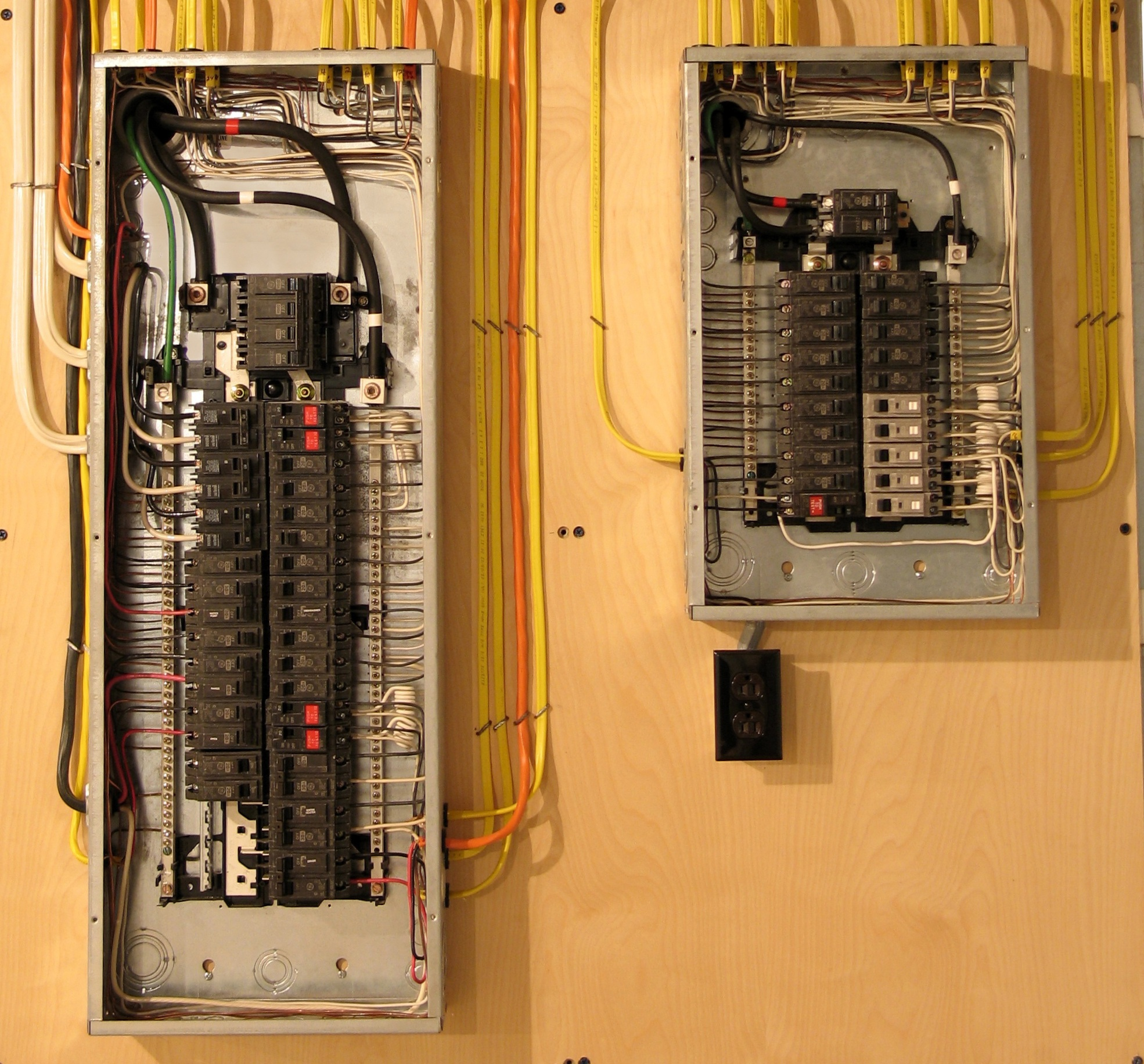 electrical service change - electrical panel change electrician fort saskatchewan alberta - electrical panel change electrician sherwood park alberta -electrical panel change electrician st. albert alberta