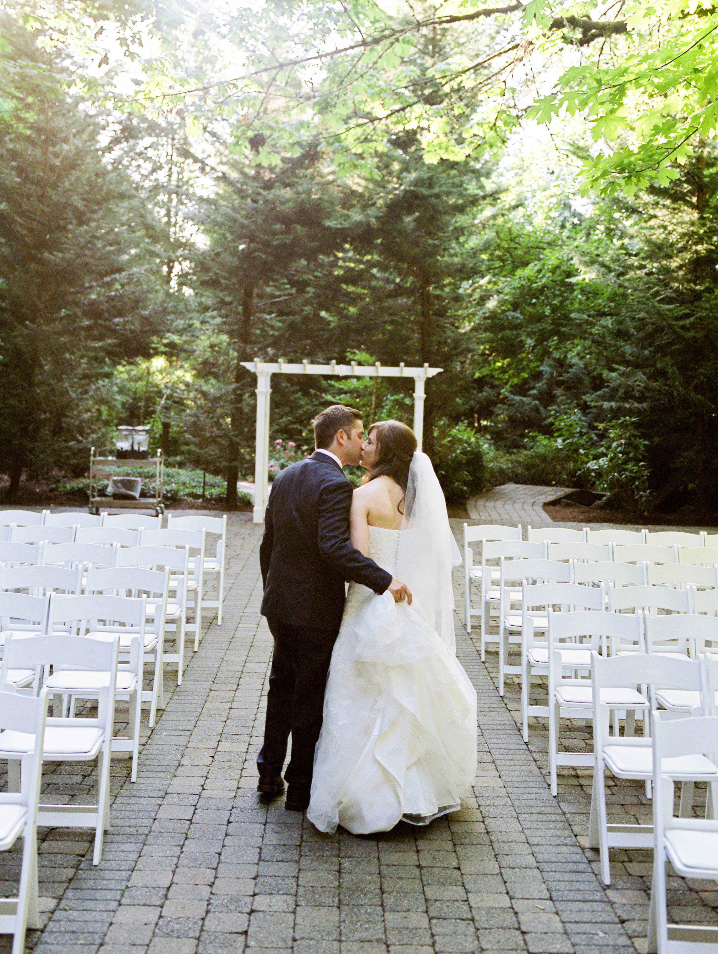 Oregon Wedding Photographer Abernathy Center