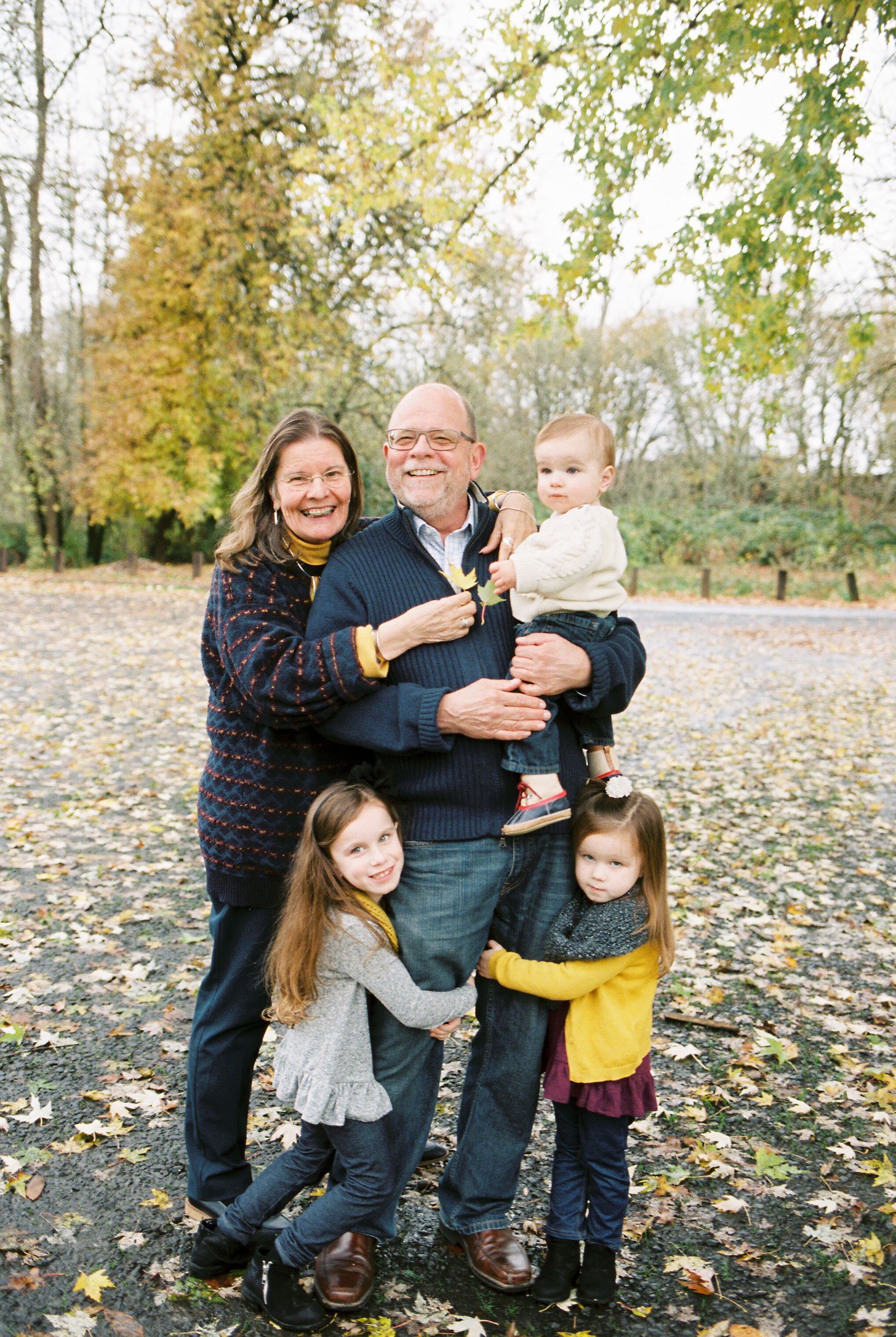 Oregon Wedding Photographer Family Portraits In Albany Oregon