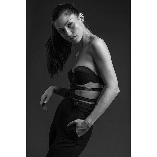 #RealRinchere for @ModaMgmt ✖️- Model: @EllaDarr ✖️- Hair: @AkeemCargile
