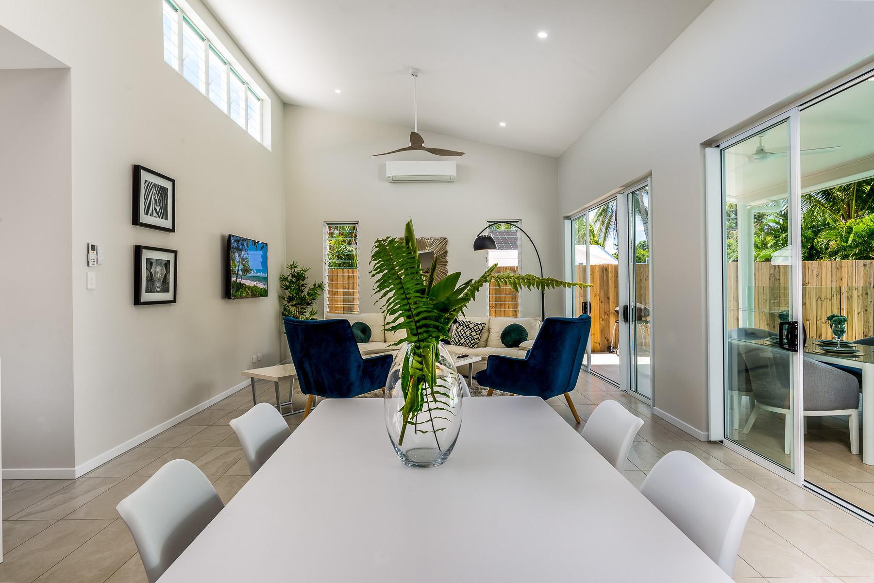 58 Vievers Road Palm Cove 20190327-Small-011.jpg