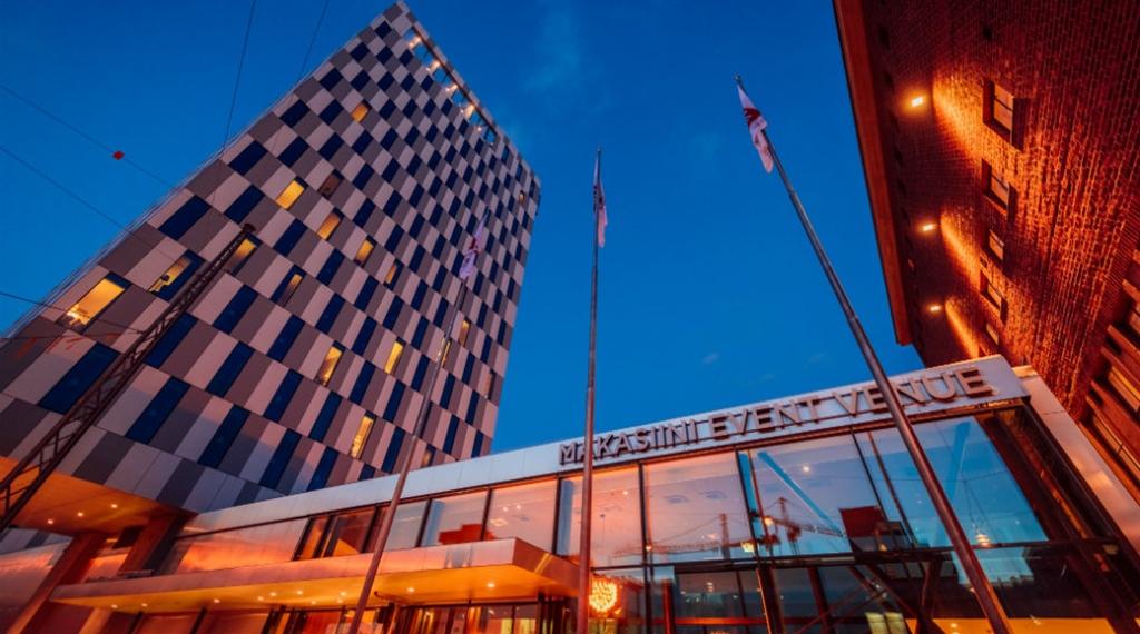 facade-entrance-clarion-hotel-helsinki.jpg