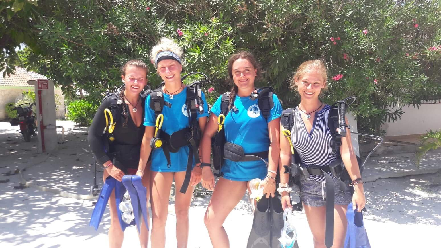 All set for our scientific diving!