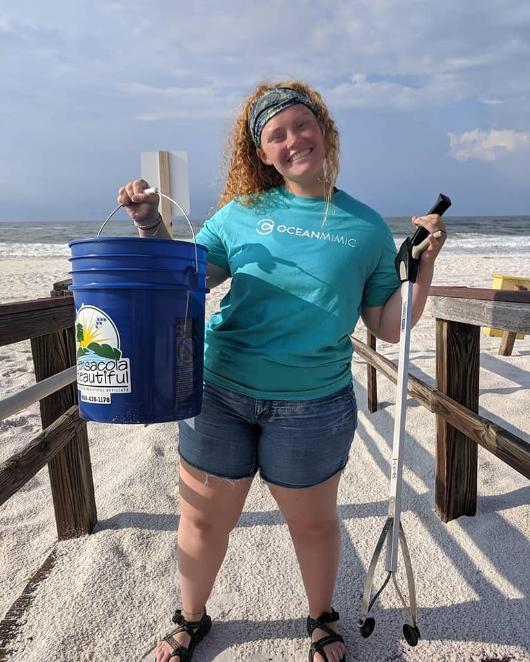 GOS Ambassador Project Coordinator Mady (   @madyloveswhales   ) at her cleanup location in Florida, USA. Not only did Mady and her team collect a lot of trash, they managed to stop an illegal shark fisherman! You go girls!