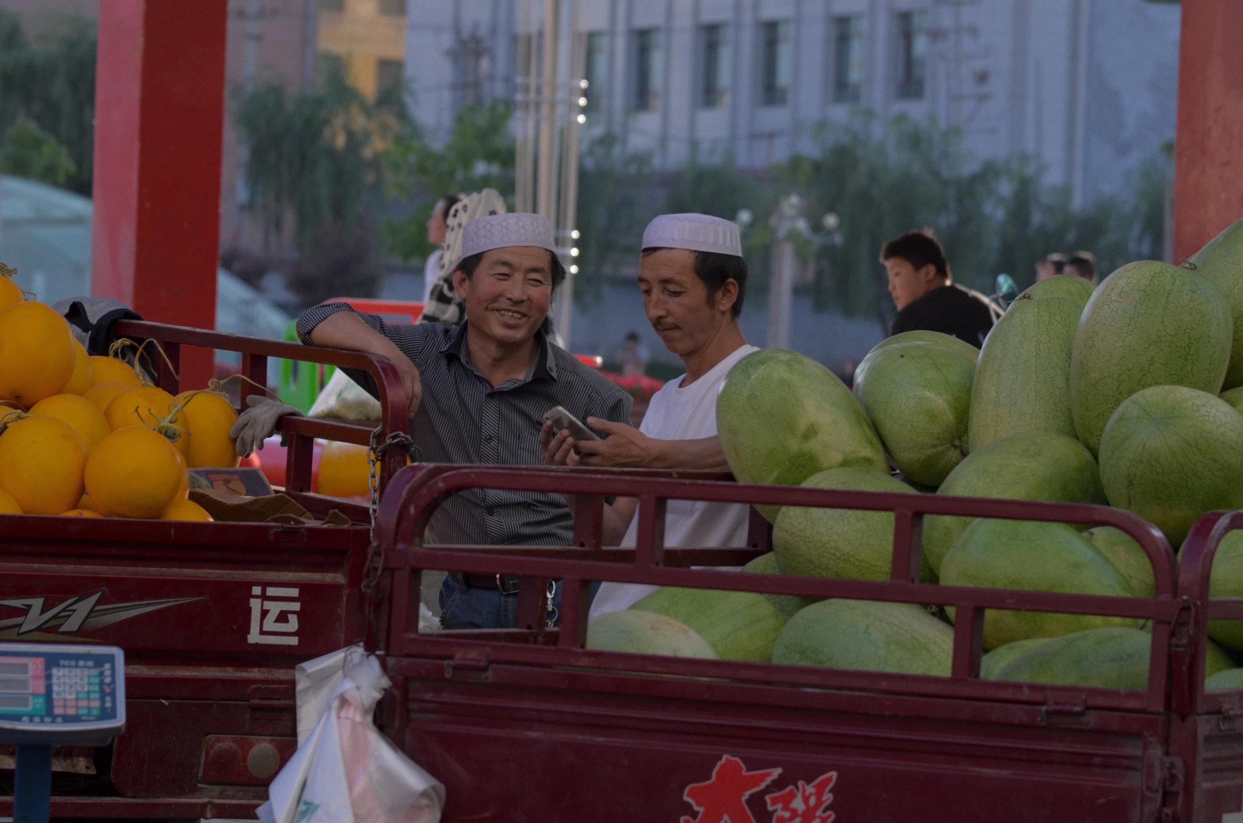 ( Photography ) Melon Brothers, China, 2016.