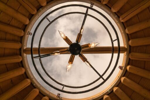 ceiling.jpeg