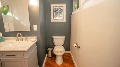 Bathroom toilet.jpeg