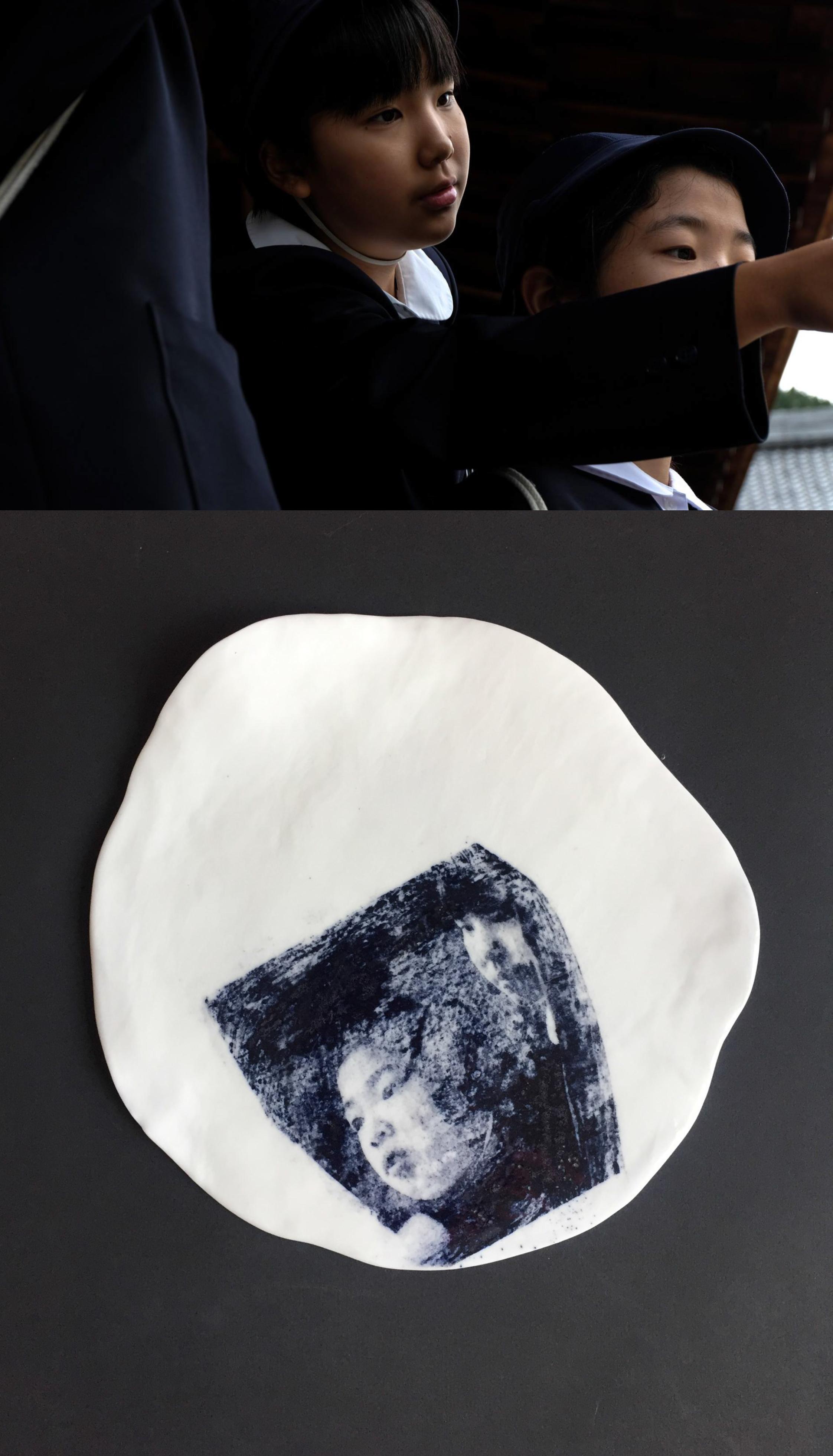 EMPIRE OF SHADOWS - Exposition Photo de Marie Poupinel & Céramique18 - 28 AvrilVernissage le Jeudi 18 Avril, 18h à 21h30 Le Citizen Hotel, 96 Quai de Jemmapes, Paris 10⧫ Prise à Kyoto cette série photo vous plonge dans l'univers du clair-obscur, de pierres mousseuses, et poésie ténébreuse. Elle sera accompagnée d'une collection limitée de mes tirages transférés sur des assiettes en porcelaine faites-main par Isabelle Poupinel. ⧫Shot in Kyoto last autumn this photo series draws you into a world where mystery and beauty lurk side by side in the shade. Also on display will be a bespoke collection of my prints transferred onto porcelain vessels hand-made by Isabelle Poupinel
