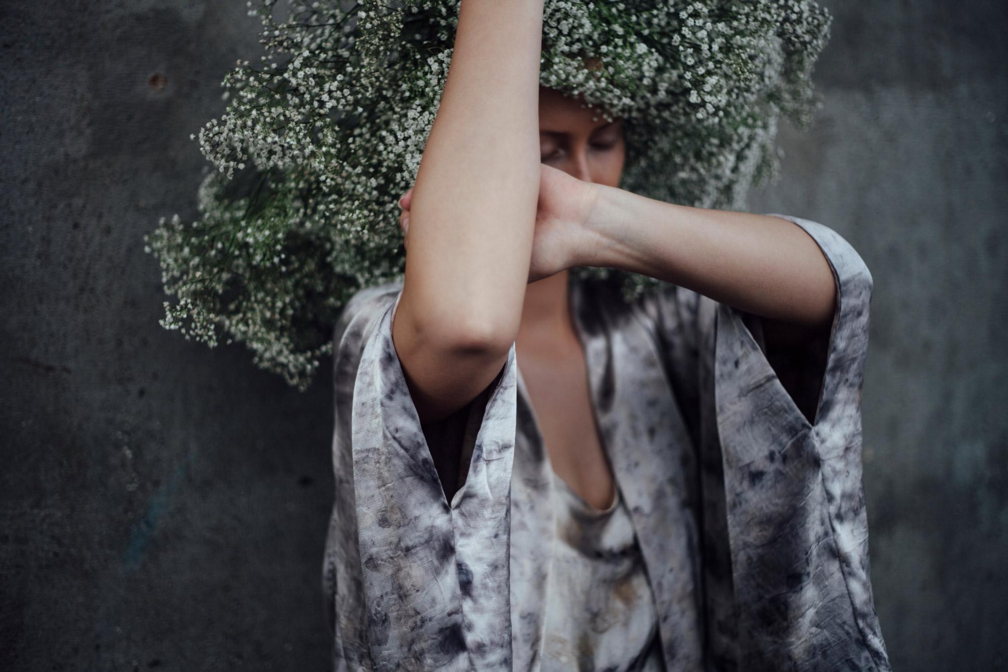 koebenhavns-plantefarveri-flowerscape-collection-kimono-3_web.jpg