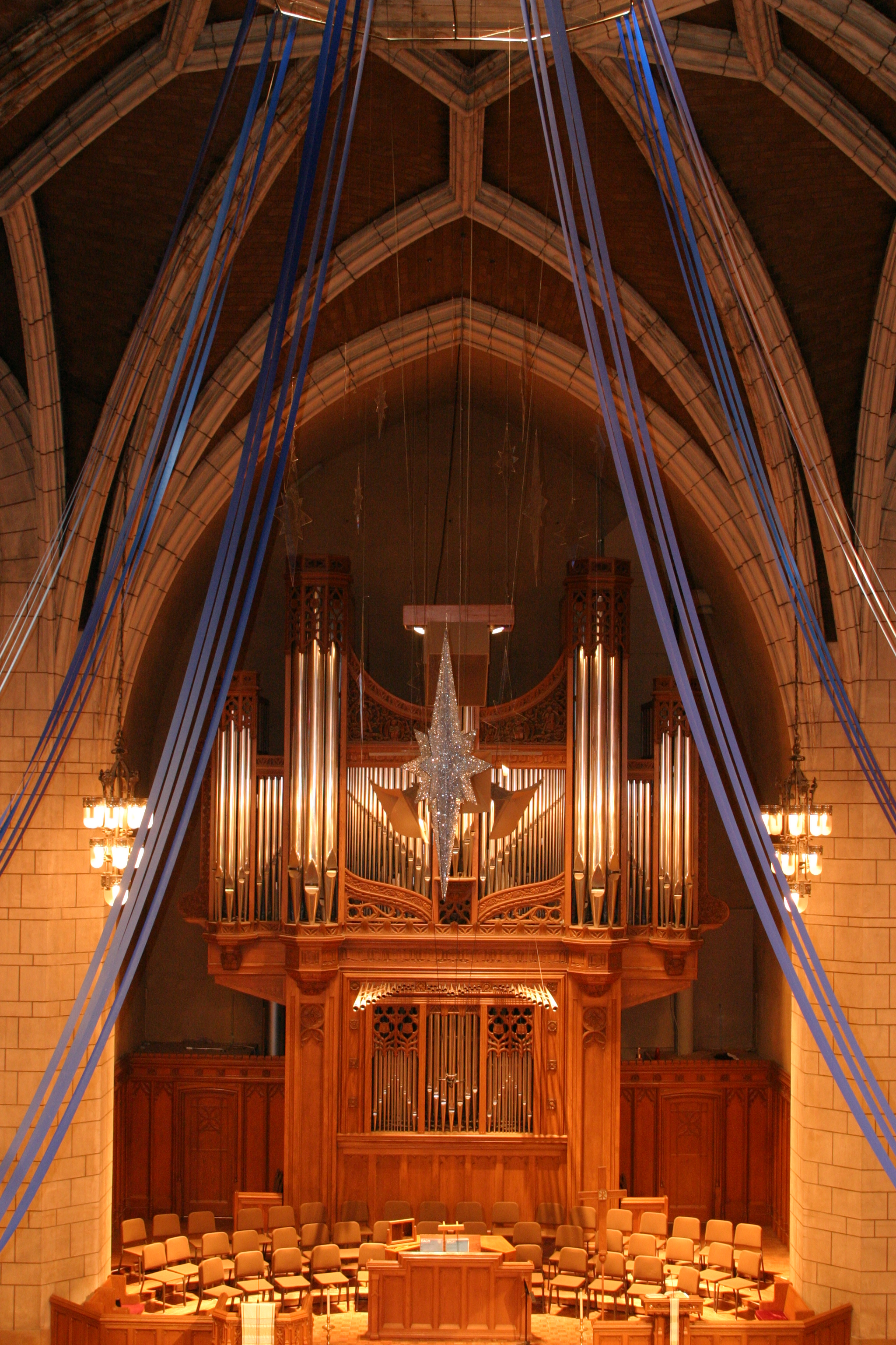 Hennepin Avenue United Methodist Church - Experience how this community uses its historic, 100+-year-old building—the one with the really tall spire—to achieve its mission. Visit the Art Gallery and view T.B. Walker's religious art collection, learn the story of racial integration behind the Border Chapel and stare up through the Sanctuary's oculus.