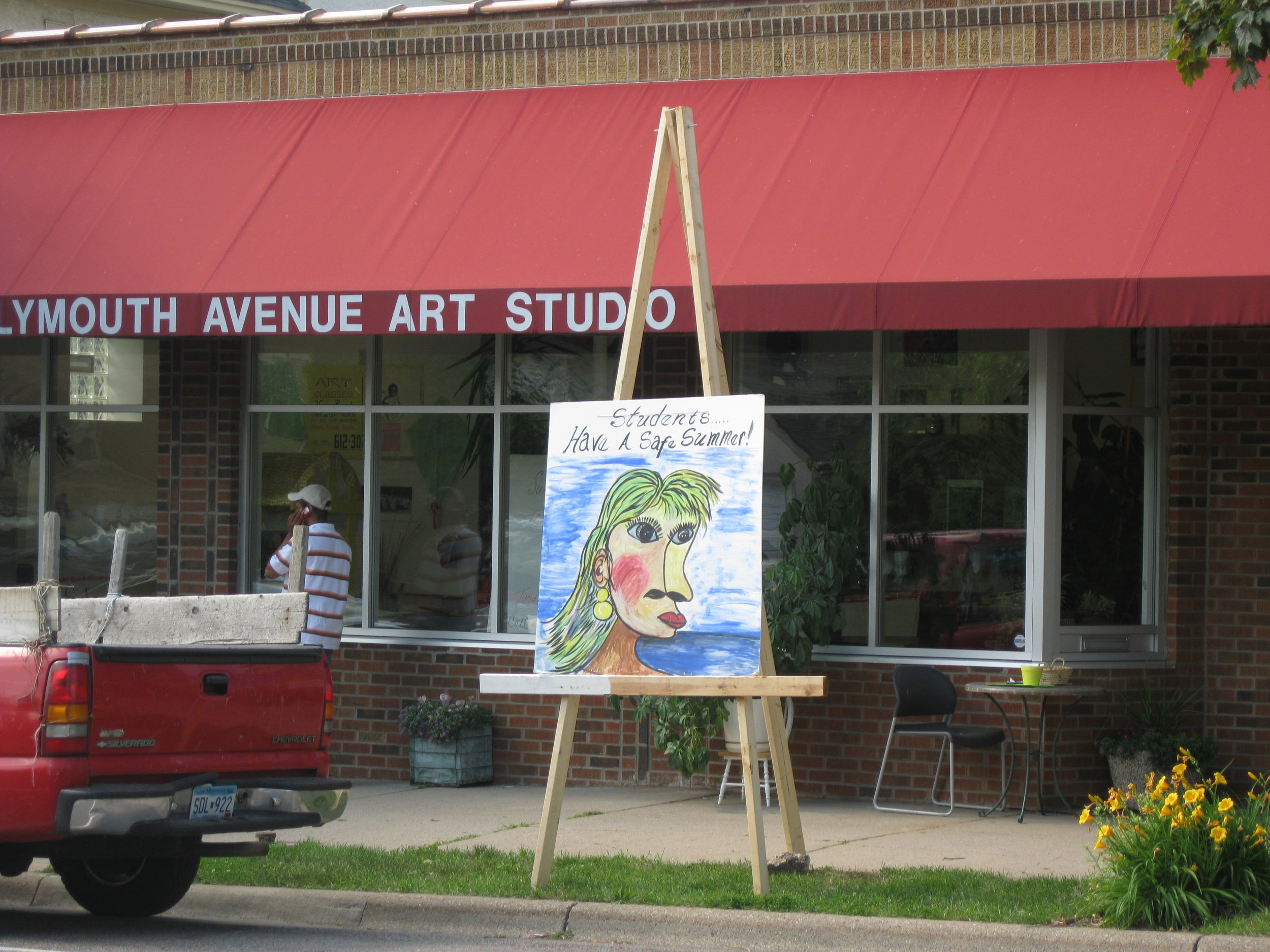 Plymouth Avenue Art Studio - This art studio with North Minneapolis roots is a place to think, create and play. Explore the open art space in front, artist workspaces in back and art library. Artwork showcase local community artists living in the neighborhood. An art project creating jewelry out of yarn and other materials will be available.