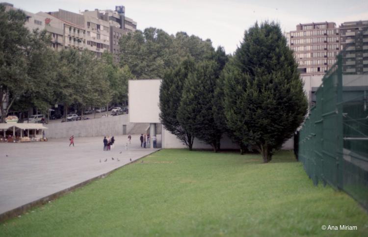 Espaço Público / Porto -