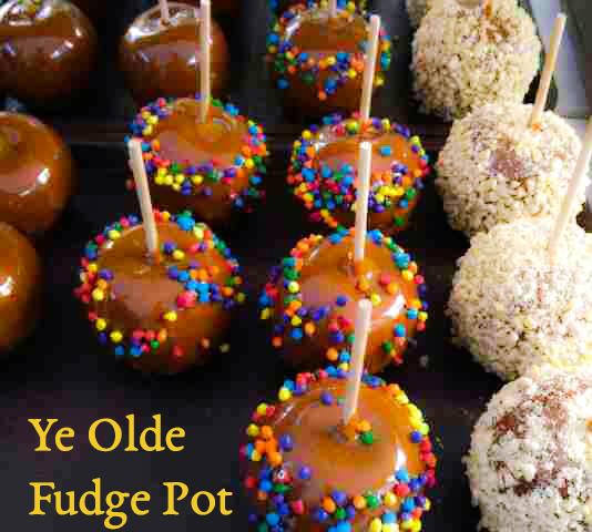 YeOldeFudgePot_Caramel Apples.jpg
