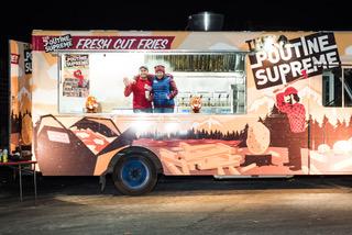 PoutineSupreme_Truck at night.jpeg