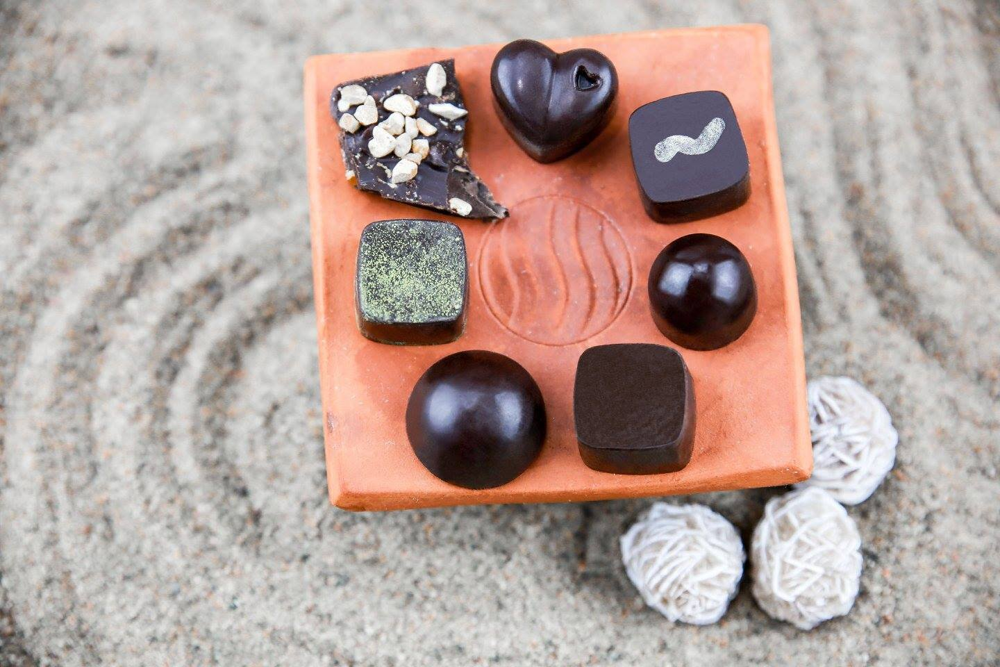 Ecila Sake Chocolates