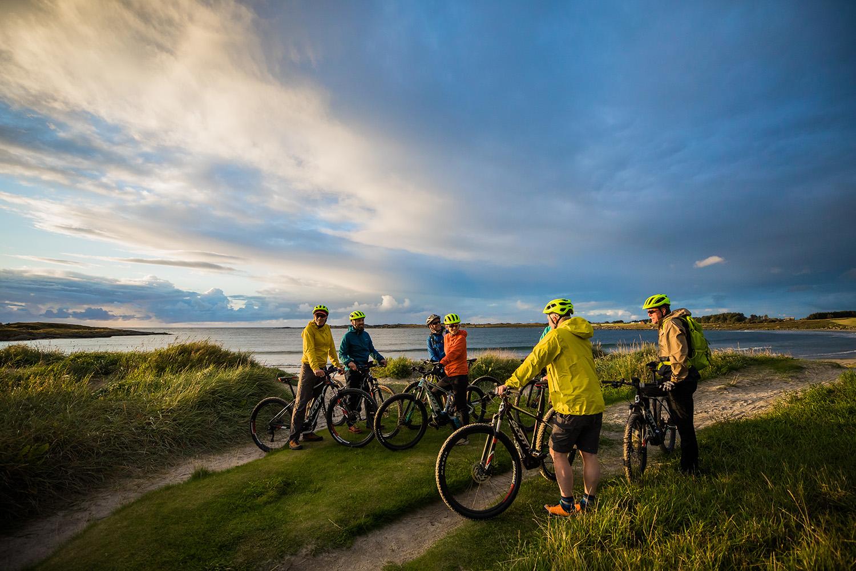 bike-coast-Adventure-Travel-Norway-kopi.jpg