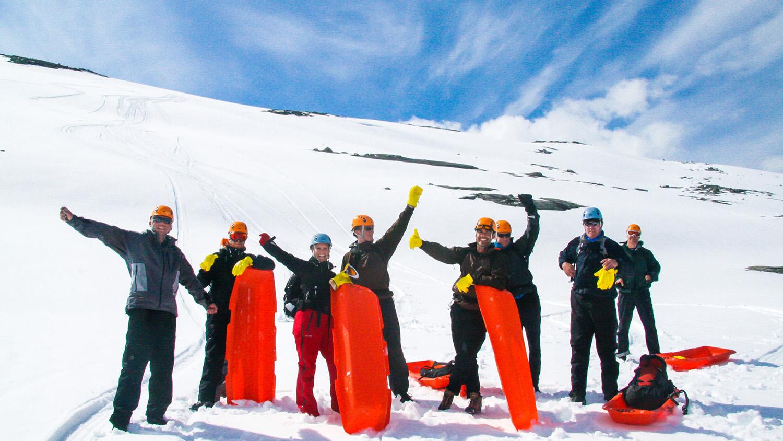sledging-mountain-snow-kopi.jpg
