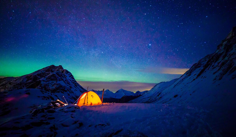 tent-stars-mountain-snow-kopi.jpg