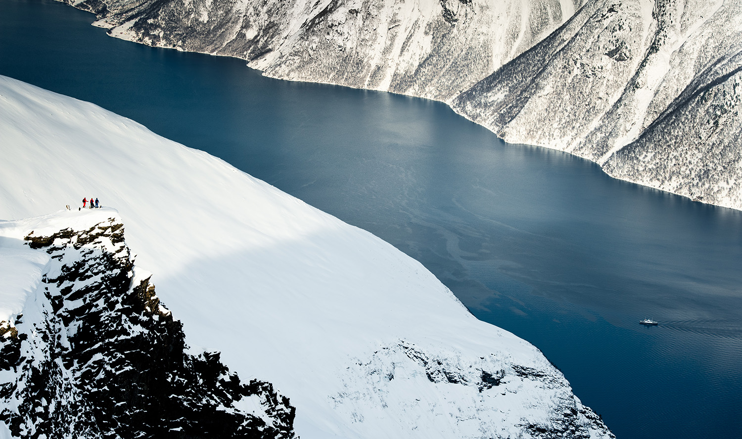 Winterfjord - Photo: FjordNorway.com