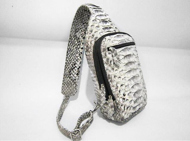 Using only grade one of python snake skin. All leathers are imported from reputable tanneries. We are committed and operate in accordance with CITIES that regulate international trade of exotic species.  Ask us how to customize your next piece. 🥂🥂 #python #handbags #backpack #mensfashion #style #glam #fashion #customorder #designer #luxuryfashion #nyc