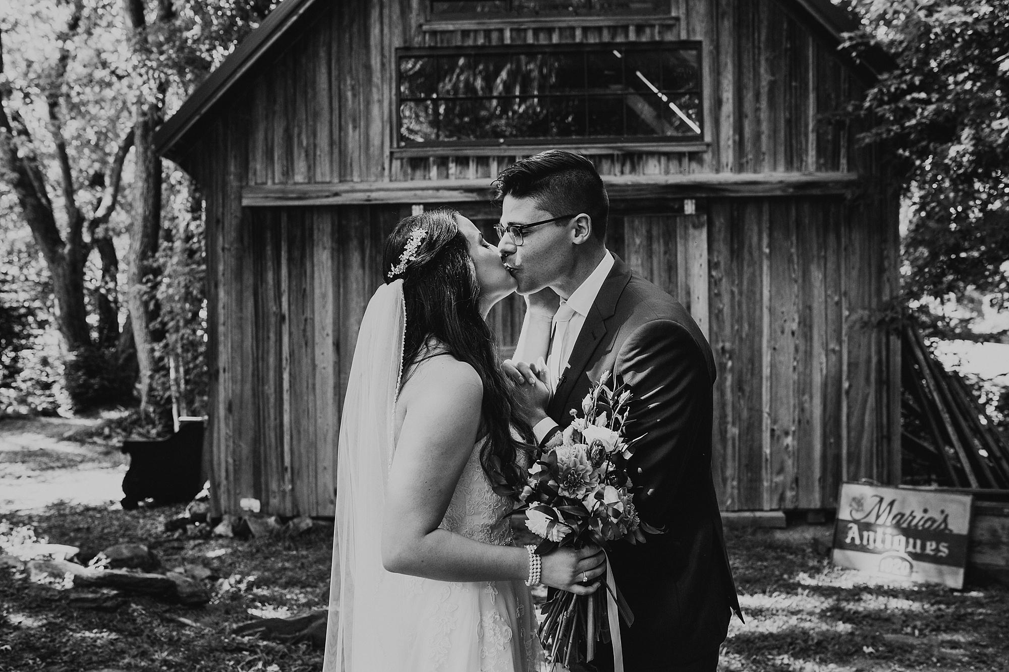 Love_by_Joe_Mac_Nicole_Patrick_Gables_At_Chadds_Ford_Wedding_Photography_Best_Philadelphia__0037.jpg
