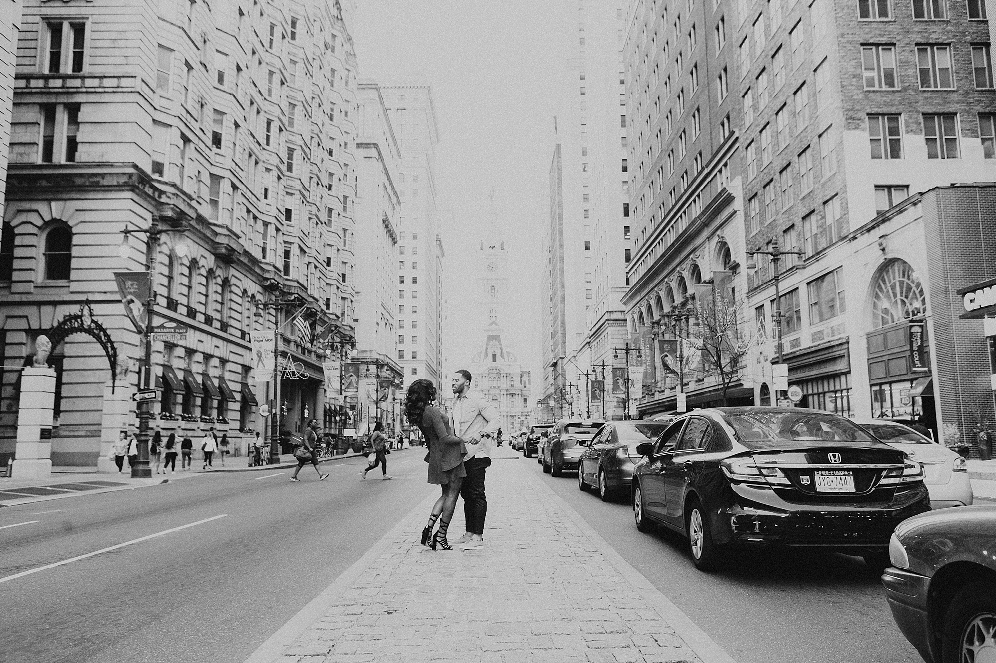 Joe_Mac_Creative_Wedding_Engagements_Photography_Philadelphia_Broad_Street_Proposal_0007.jpg