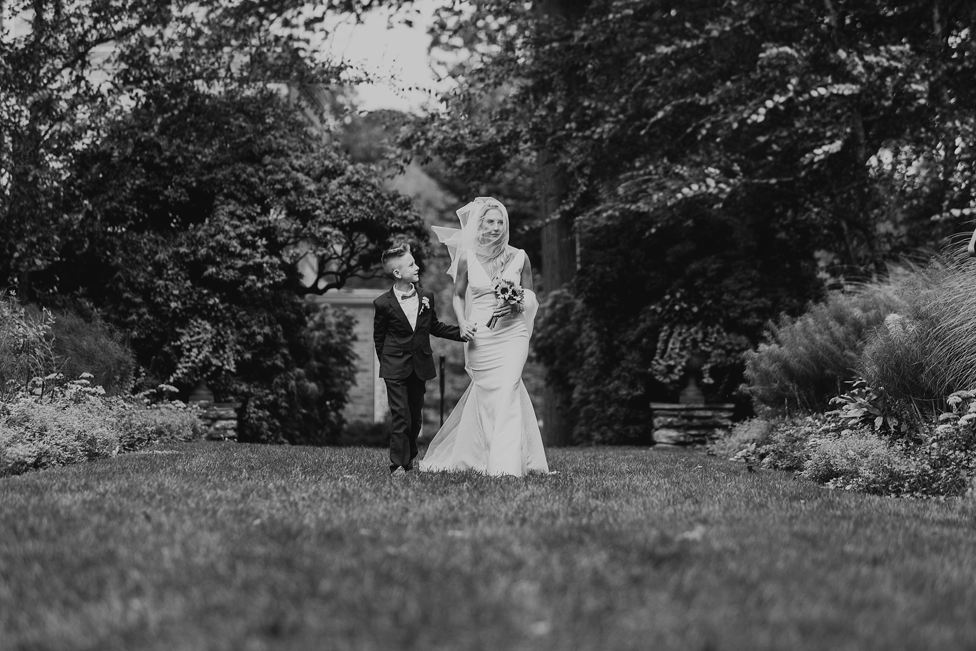 Druemore_Joe_Mac_Creative_Philadelphila_Wedding_Photography_drumore_estate_pequea_Best_lancaster_wedding_venues_0030.jpg
