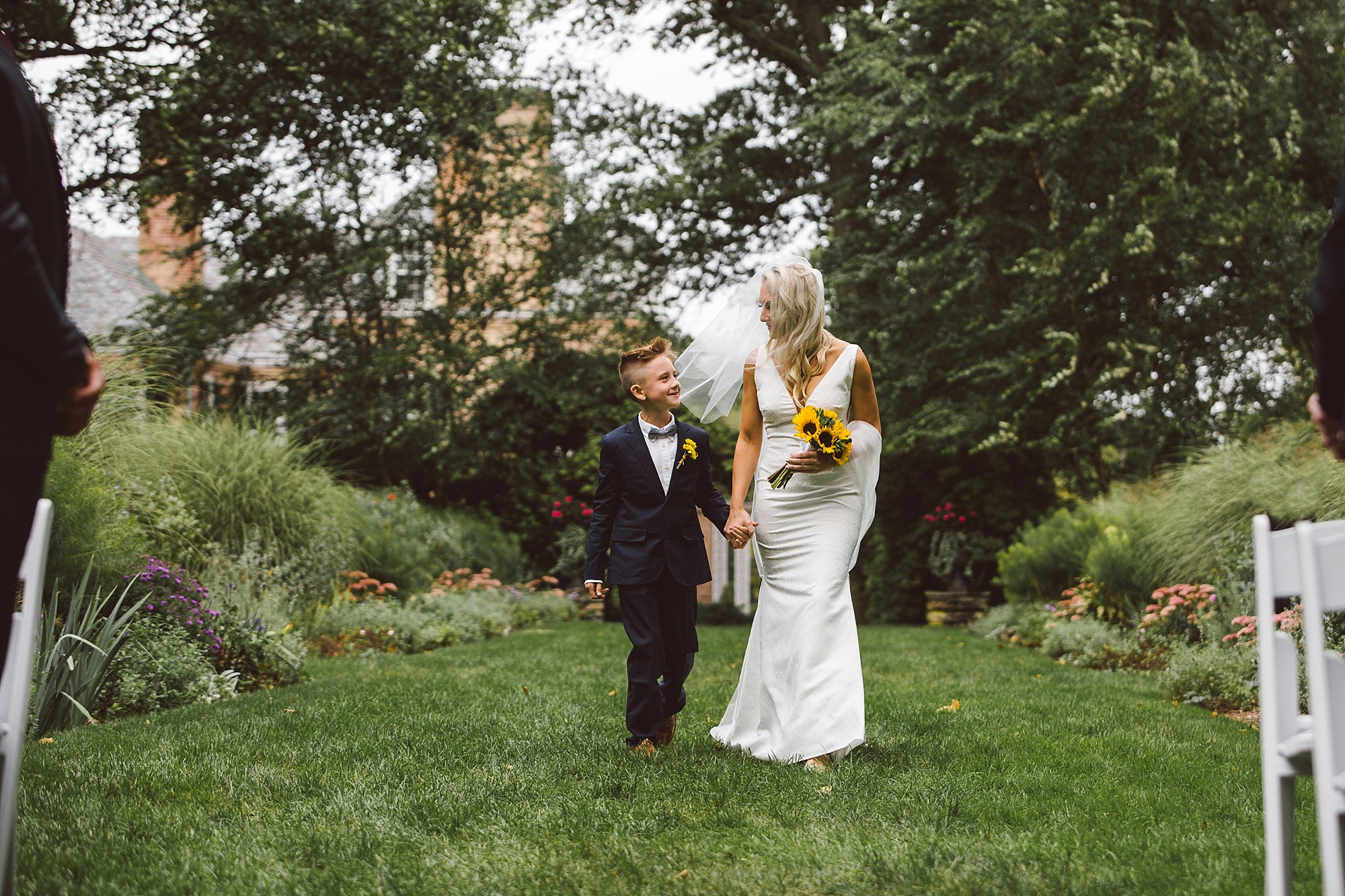 Druemore_Joe_Mac_Creative_Philadelphila_Wedding_Photography_drumore_estate_pequea_Best_lancaster_wedding_venues_0032.jpg