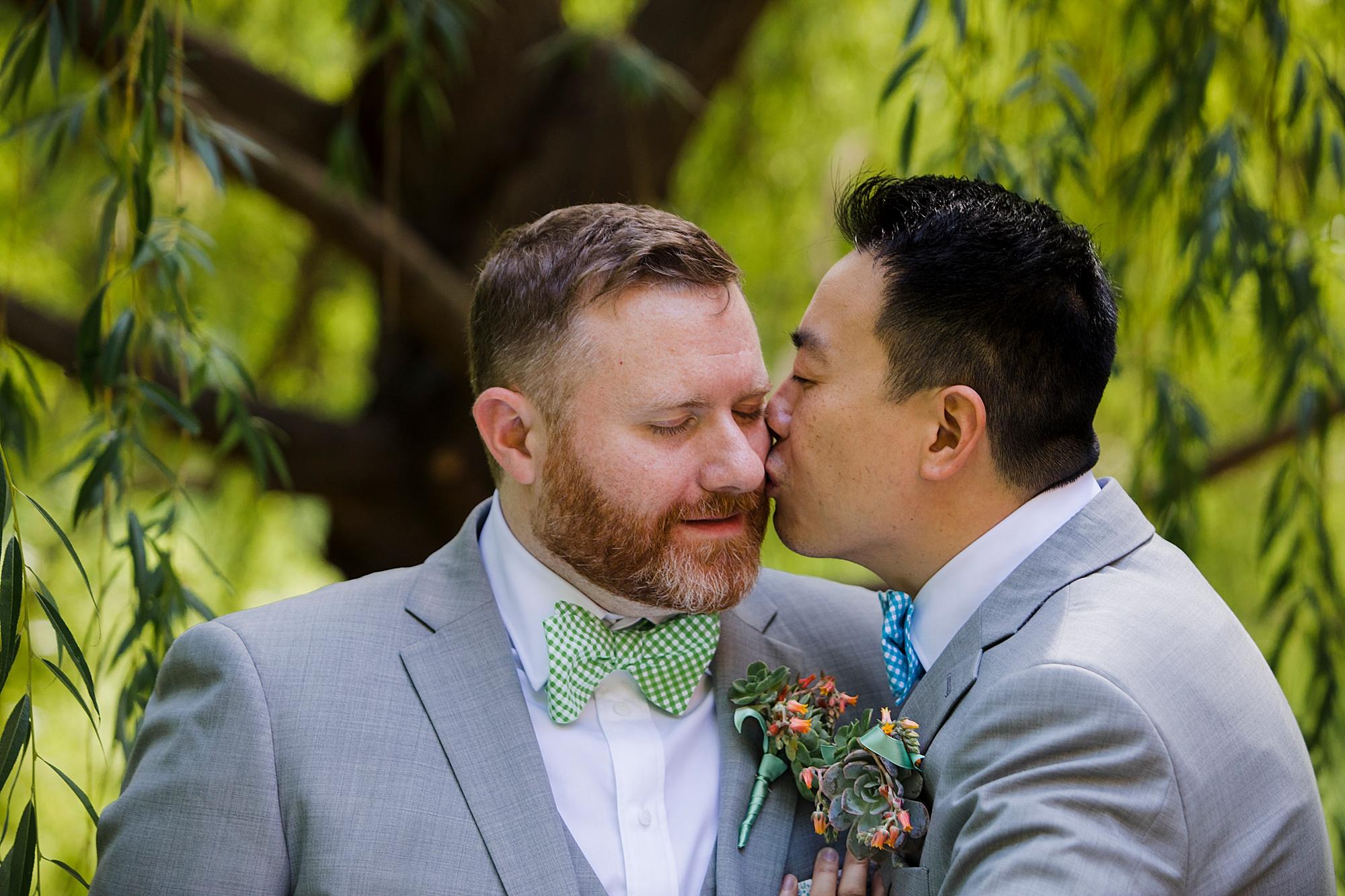 Dan_and_Byron_Love_by_Joe_Mac_Philadelphia_Wedding_LGBTQ_Photography_Gay_Independence_visitor_Center_50.JPG