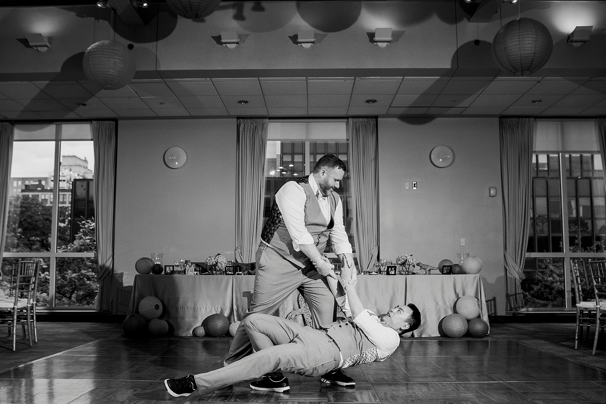 Dan_and_Byron_Love_by_Joe_Mac_Philadelphia_Wedding_LGBTQ_Photography_Gay_Independence_visitor_Center_130.JPG