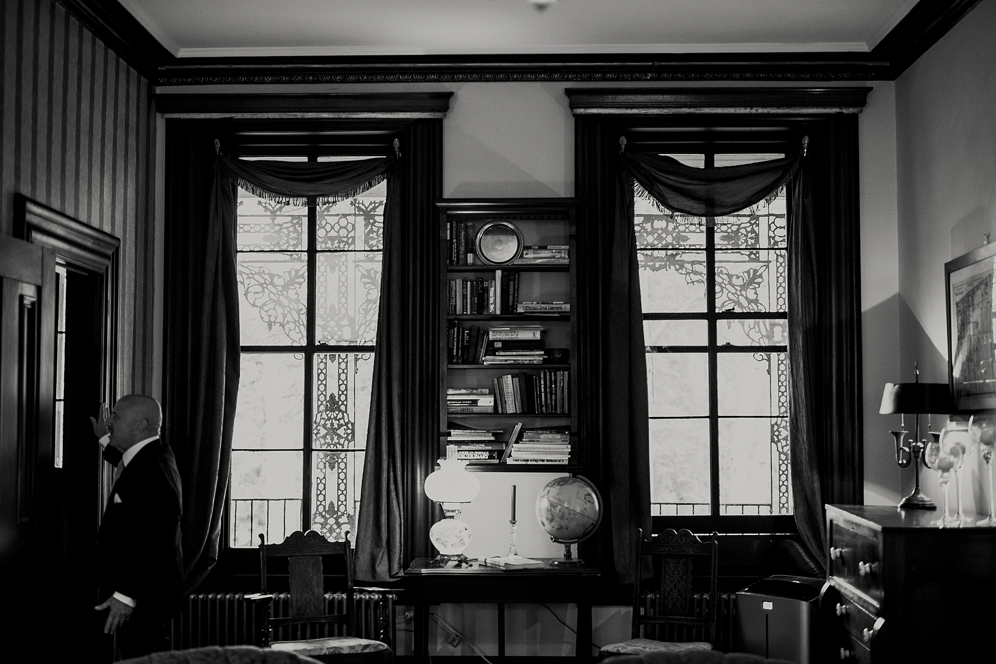 Love_by_Joe_Mac_West_Chester_Wedding_Faunbrook_Bed_and_Breakfast_Photography_0004.jpg