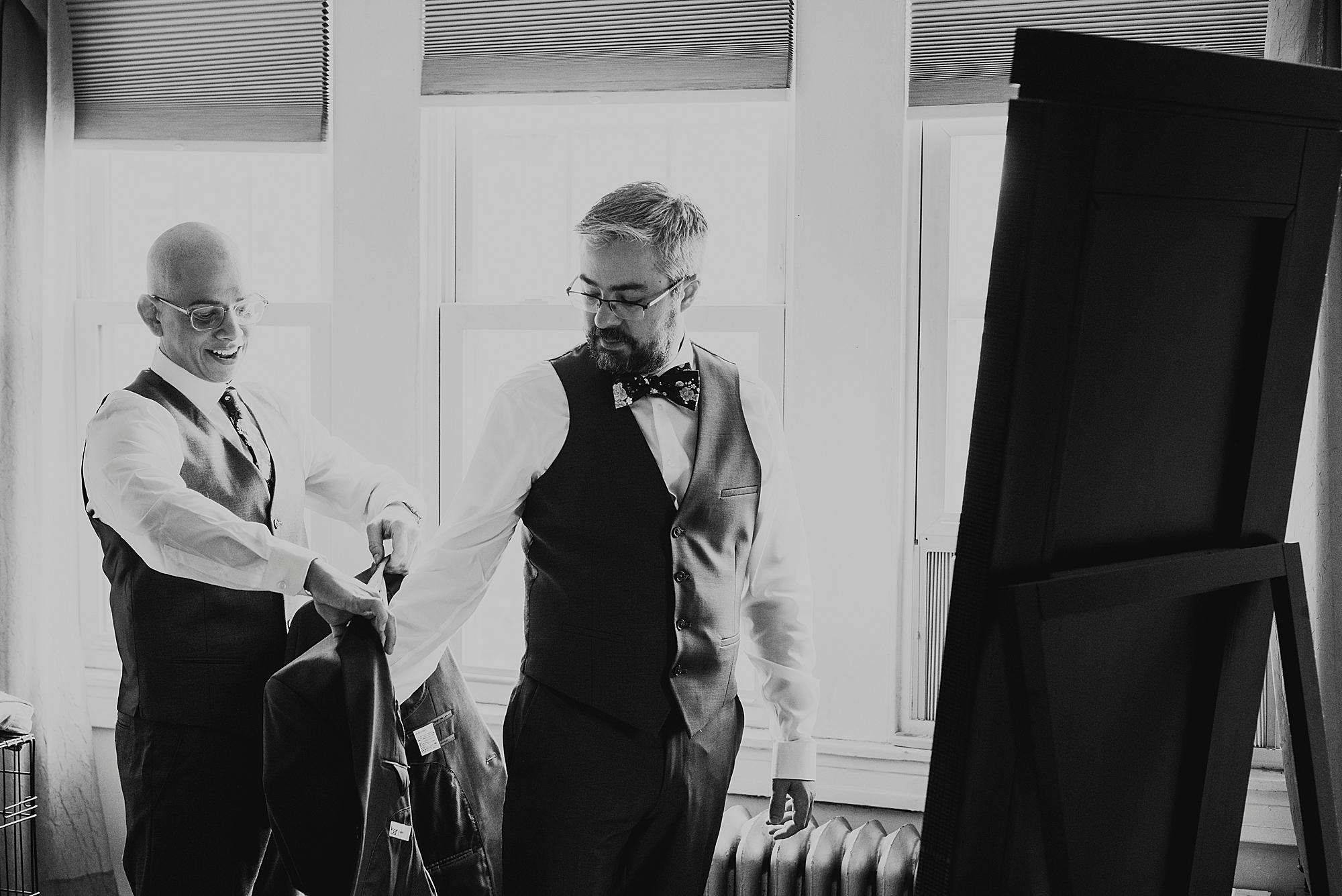 Love_by_Joe_Mac_Philadelphia_Wedding_Gay_LGBT_photography_Acadamy_of_Vocal_Arts__0018.jpg