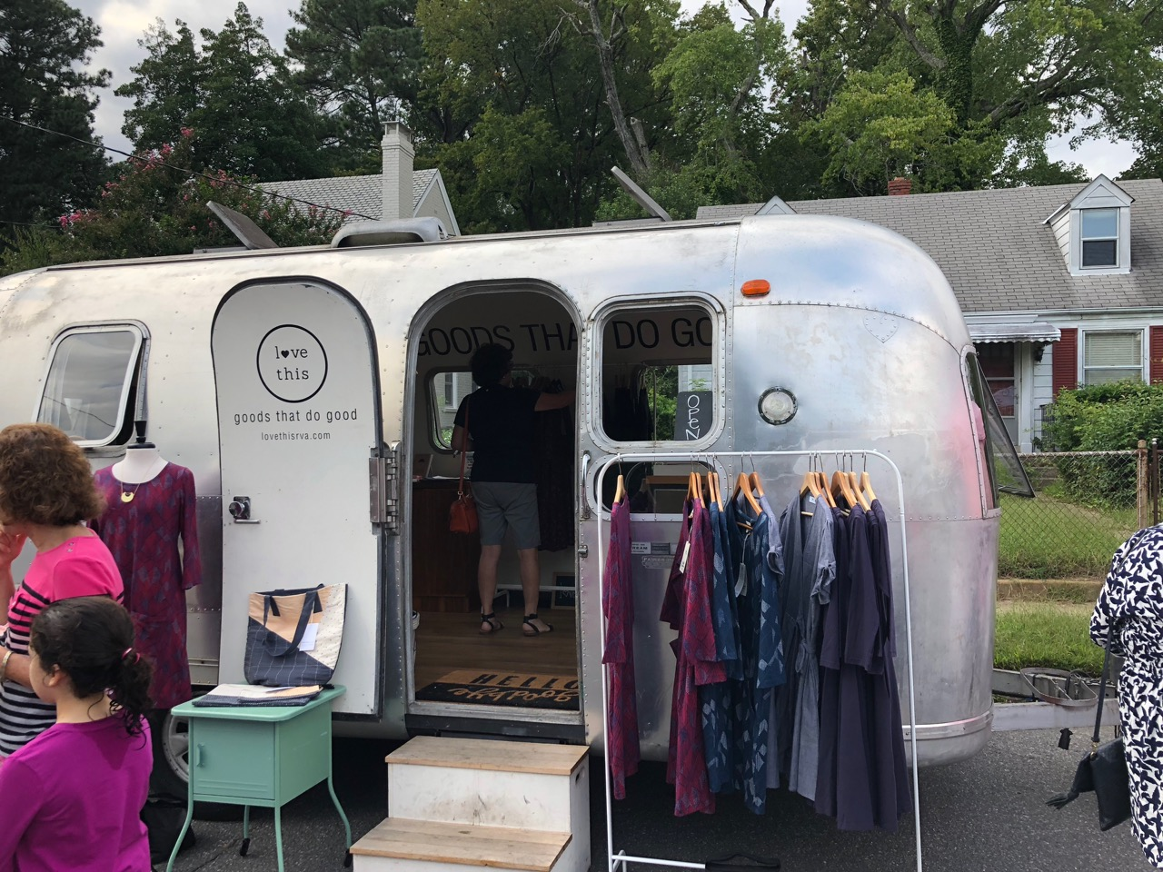 Airstream_shop_Party_on_the_Avenue_Richmond_Virginia
