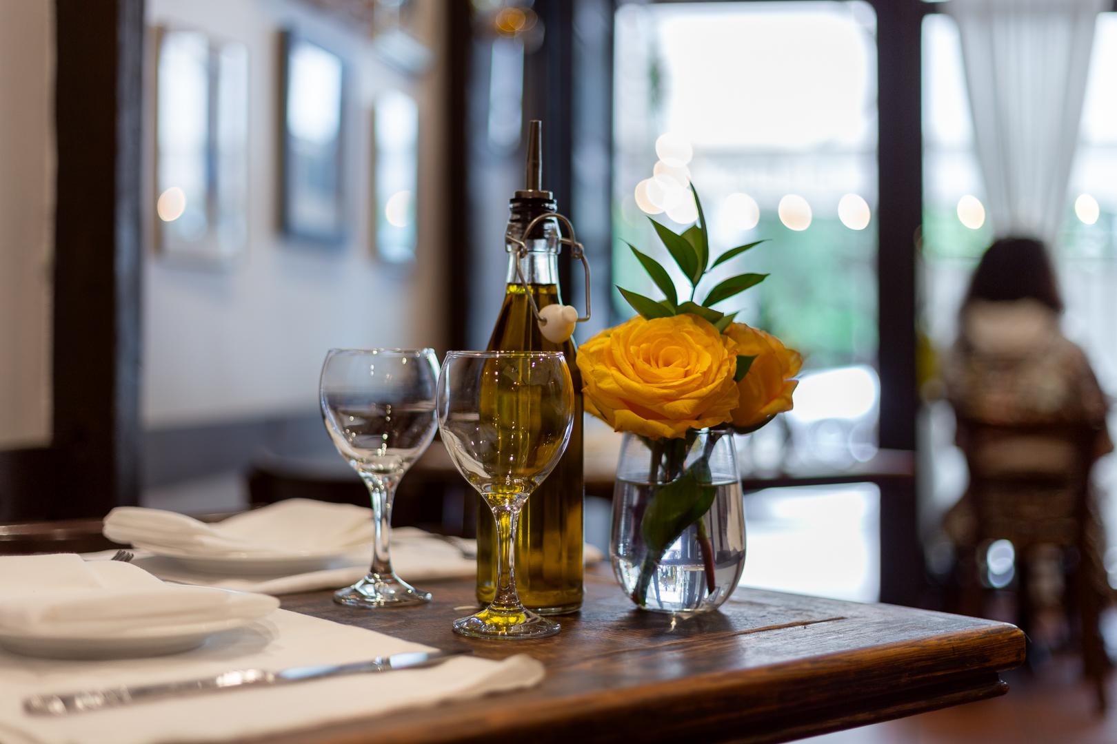 3 Giovani - NYC Italian Restaurant - Interior 5.jpg