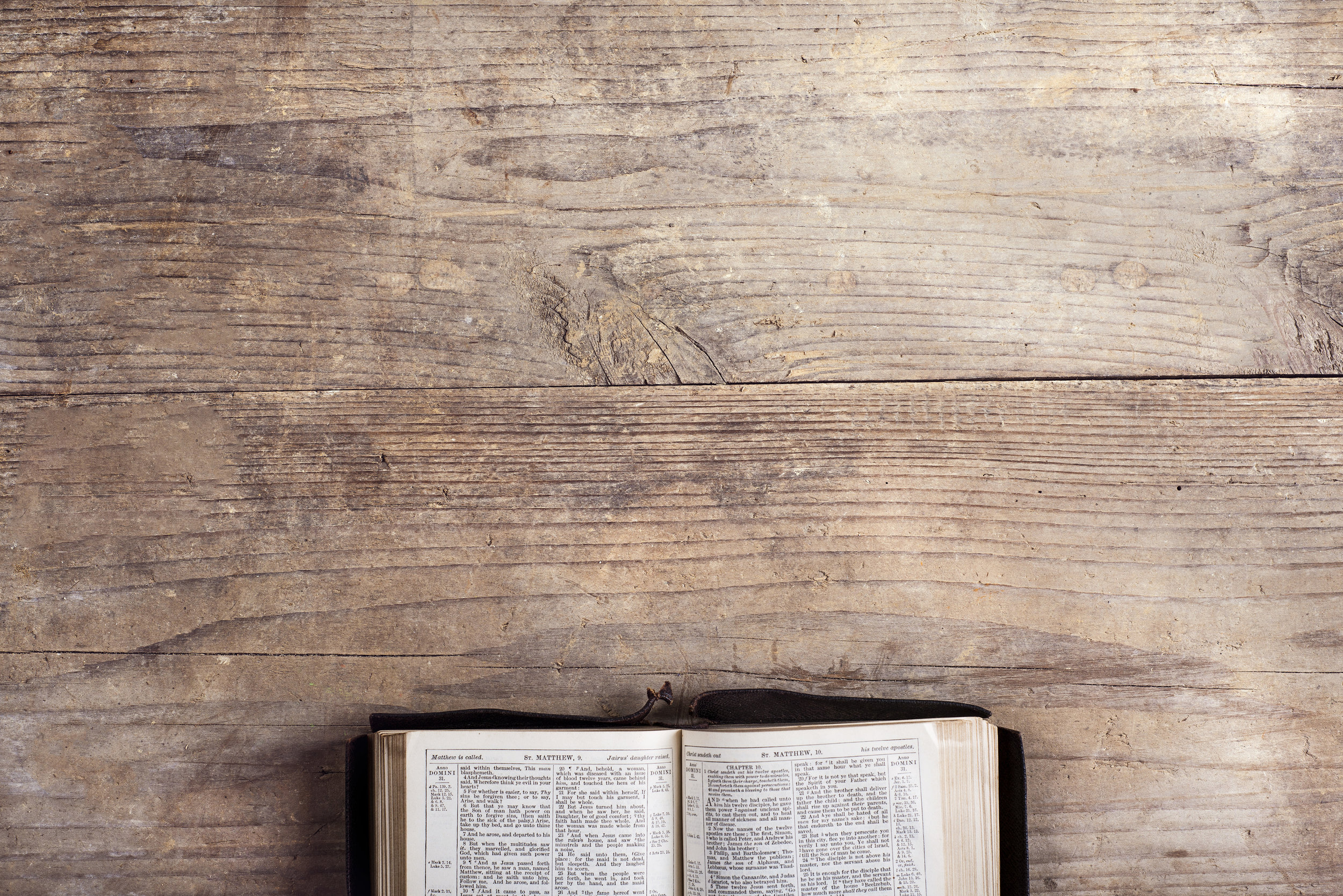 bible_on_wooden_table.jpeg