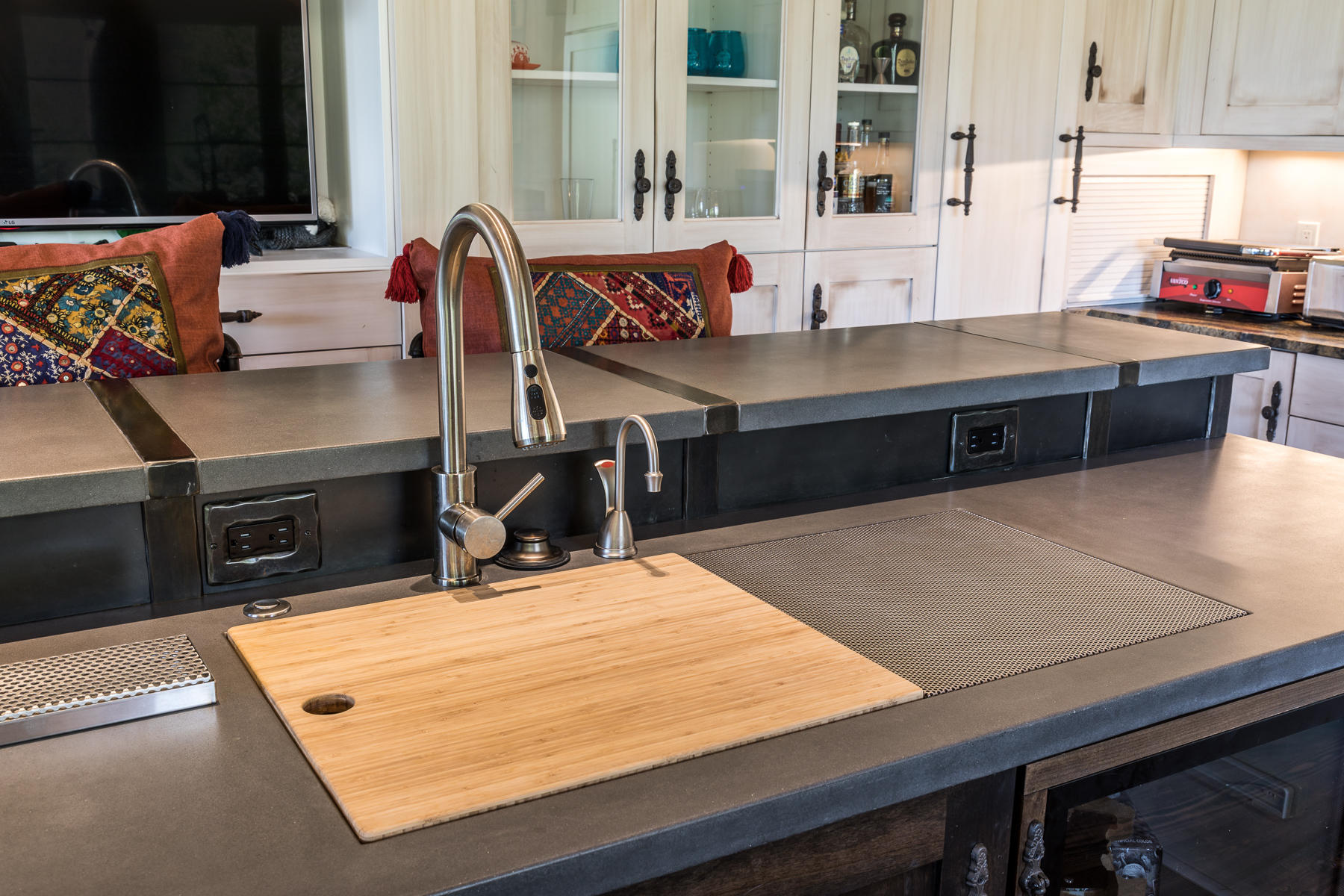 Copy of Integrated Drainboard Sink Detail.jpg