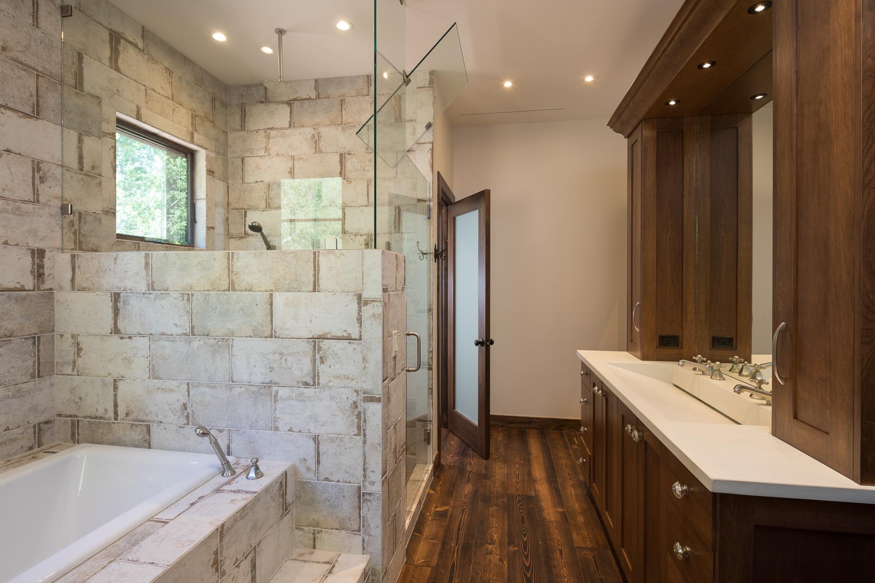 White Concrete Ramp Sink (1).jpg